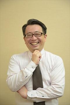 歯科医院専門の経営コンサルタント 志賀義憲